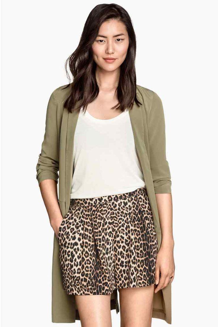Pantaloni scurţi, talie înaltă | H&M