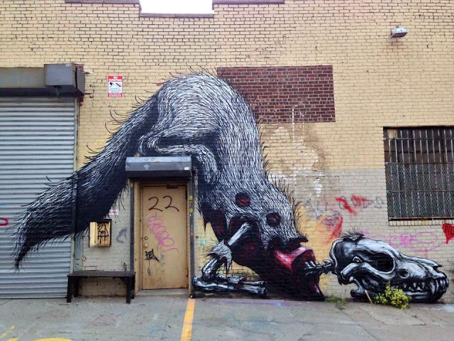 23. ROA - USA / The 25 Most Popular Street Art Pieces Of 2013