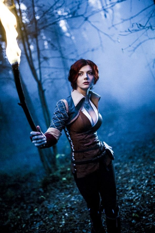 Triss Cosplay by Xenia Shelkovskaya More of their work: https://www.facebook.com/xeniashel