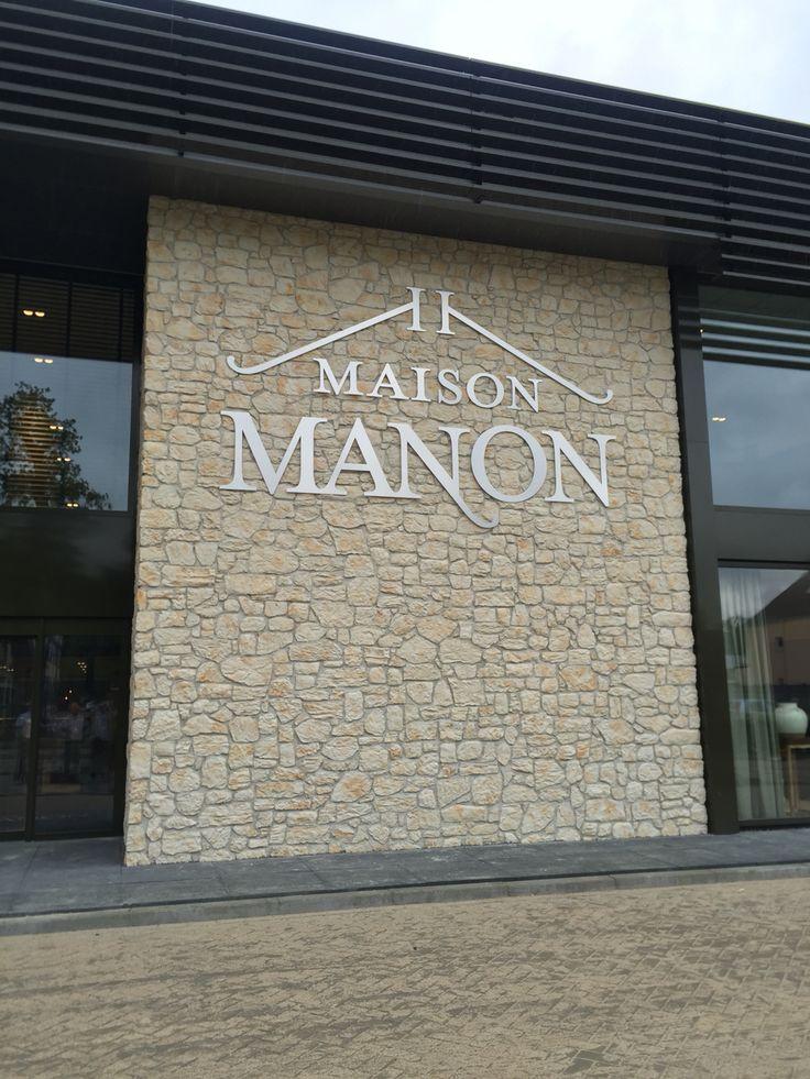 Maison Manon, weer duidelijk zichtbaar terug op haar oude stek.