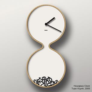 'hourglass clock' designed by tuan huynh (2006)