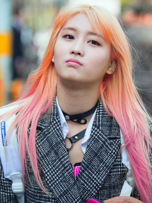 #hirai momo #momo #twice #pink hair #momo twice ...