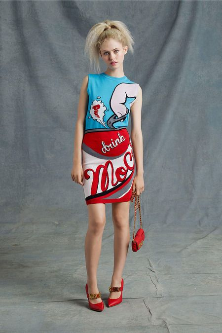 Loving the pop art prints in this collection! Moschino Resort 2015