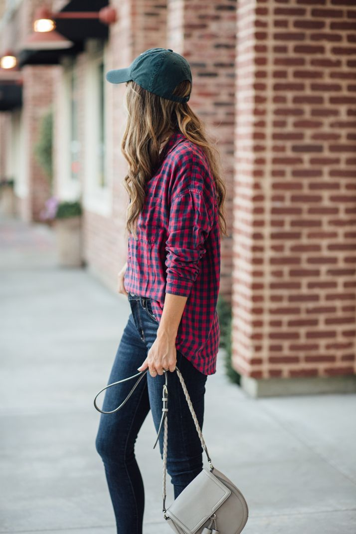An easy half tucked plaid shirt creates an effortless look  | merricksart.com @americaneagle @aerie #WeAllCan #AerieReal