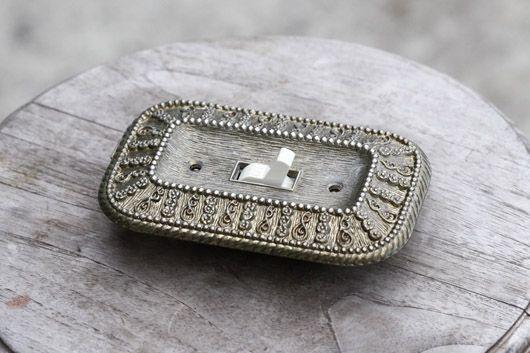 アンティーク 真鍮のスイッチカバー シングル トリム 住宅・店舗の壁に 複数在庫あり s40 - アンティーク&オールディーズ オンラインストア