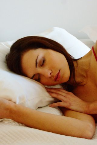 Pure silk pillow cases. The ultimate key to a good nights sleep! #sleep #dream #luxury
