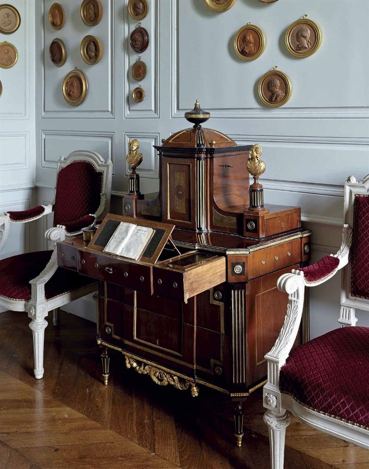 A Neoclassical Secretaire. Russian, Early 19th Century #laviedechateau