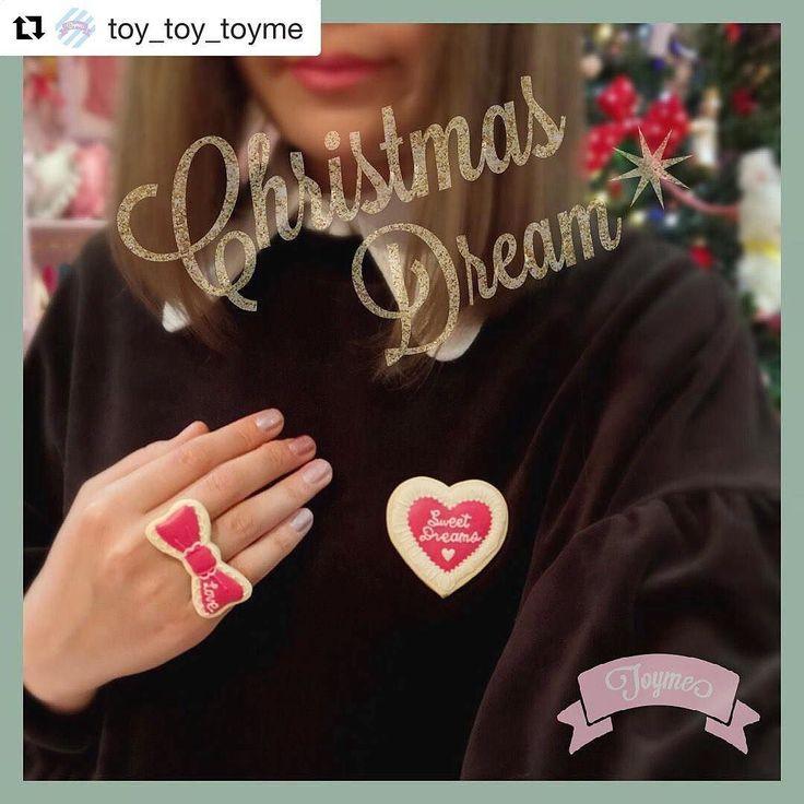 #Repost @toy_toy_toyme (@get_repost)  Sweet Dreams Heart ブローチ Scallop Ribbon リング . クリスマスにもぴったりなレッドカラーのアイテムはブラックコーデにもスウィートカラーのコーデにもどちらにも合わせやすいのでオススメです