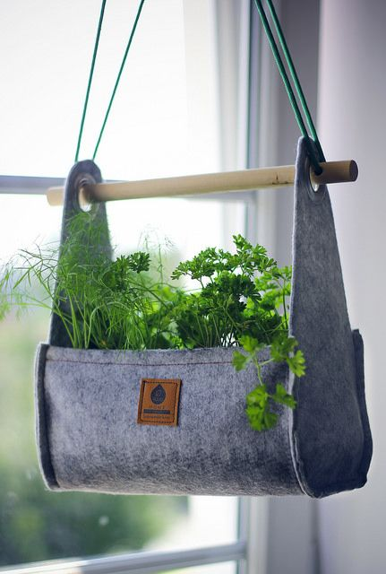EQUA Home hanging small pot
