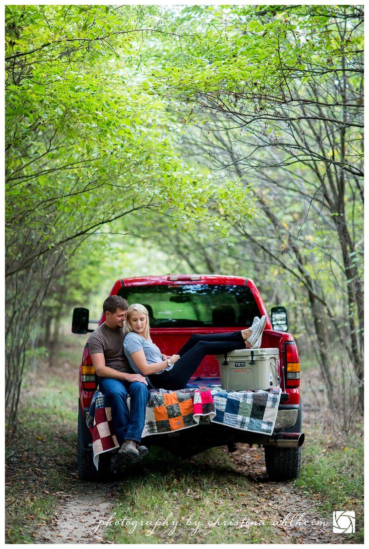 ©Christina Ahlheim | Charisma Photography | Hermann, Missouri Engagement Photography | #HermannMissouri #HermannEngagementPhotographer #fall #truckengagement #property #HermannEngagmentPhotos #HermannMissouriEngagementPhotographer