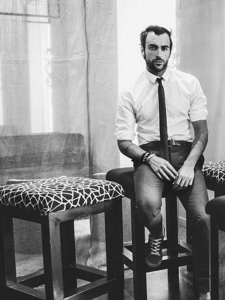 VIM Magazine - Especial Verano #20 Ya está online el especial verano de VIM Magazine con Marco Mengoni