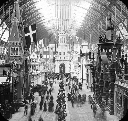 1893 Chicago Worlds Fair: Inside one of the White Buildings