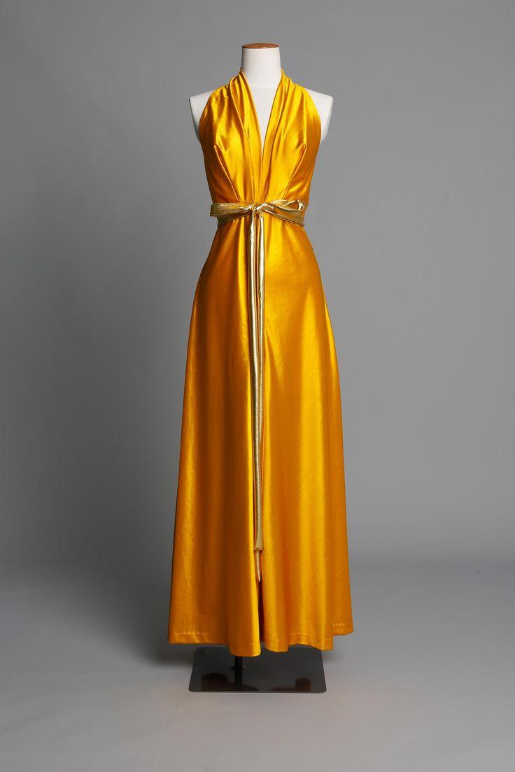 Gold culotte in slinky jersey DATE: 1970 LABEL: Peppertree