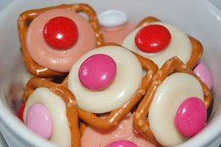Valentine's Day buttons via Tasty Kitchen