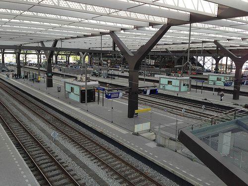 Birdview inside Rotterdam Central Station