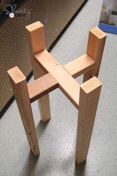 FREE Woodworking Plans - DIY Plant Stand                                                                                                                                                                                 More
