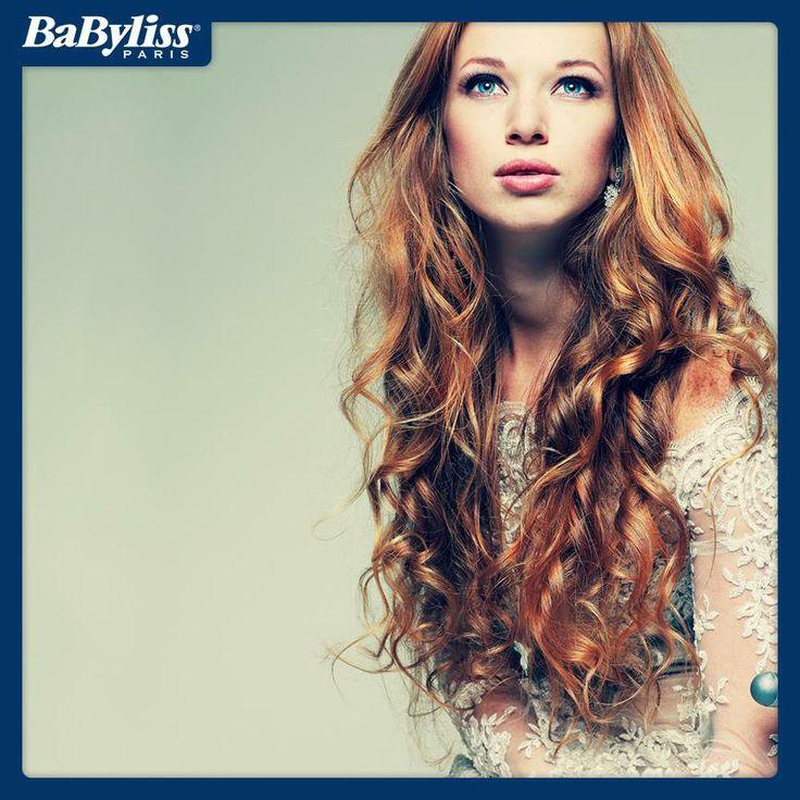 Nel 2014 è assolutamente vietato nascondere i ricci! E per chi non li ha, c'è sempre la nostra Curl Secret disponibile su www.ilovebeauty.it  #hair #hairstyle #ricci #curl #capelli #piastra #beauty #bellezza