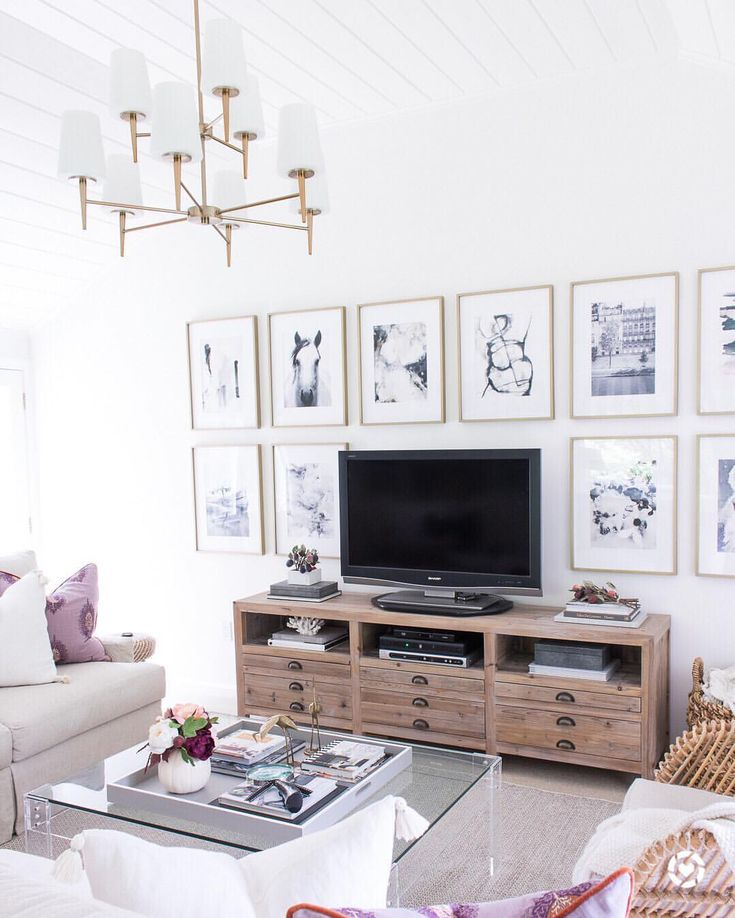 1354 likes 23 comments driven by decor kris drivenbydecor on - White Living Room Ideas Pinterest