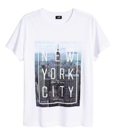 Graphic T-shirt in white cotton jersey with NYC photo-print design at front. Casual fit. | H&M For Men