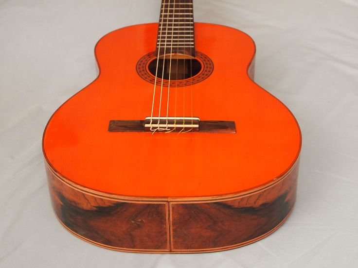 rare Di Giorgio 1972 Brazil flamenco classical. Amazing warm tone. Spruce top,  Brazilian rosewood back and sides.