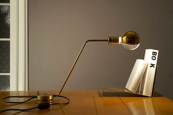 Lampada da tavolo / Table lamp | RestartMilano