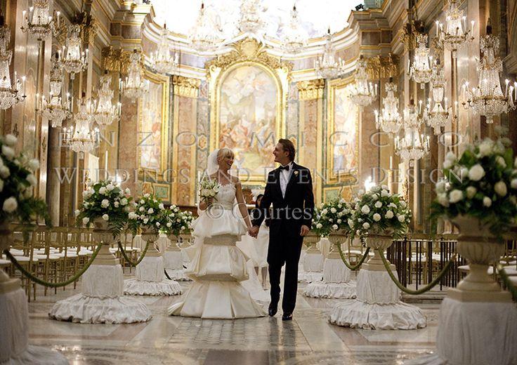 Summer Wedding in Rome #wedding #rome #weddingplanner #enzomiccio #flowerdesign #candle #decoration #crystal #chandelier #groom #bride