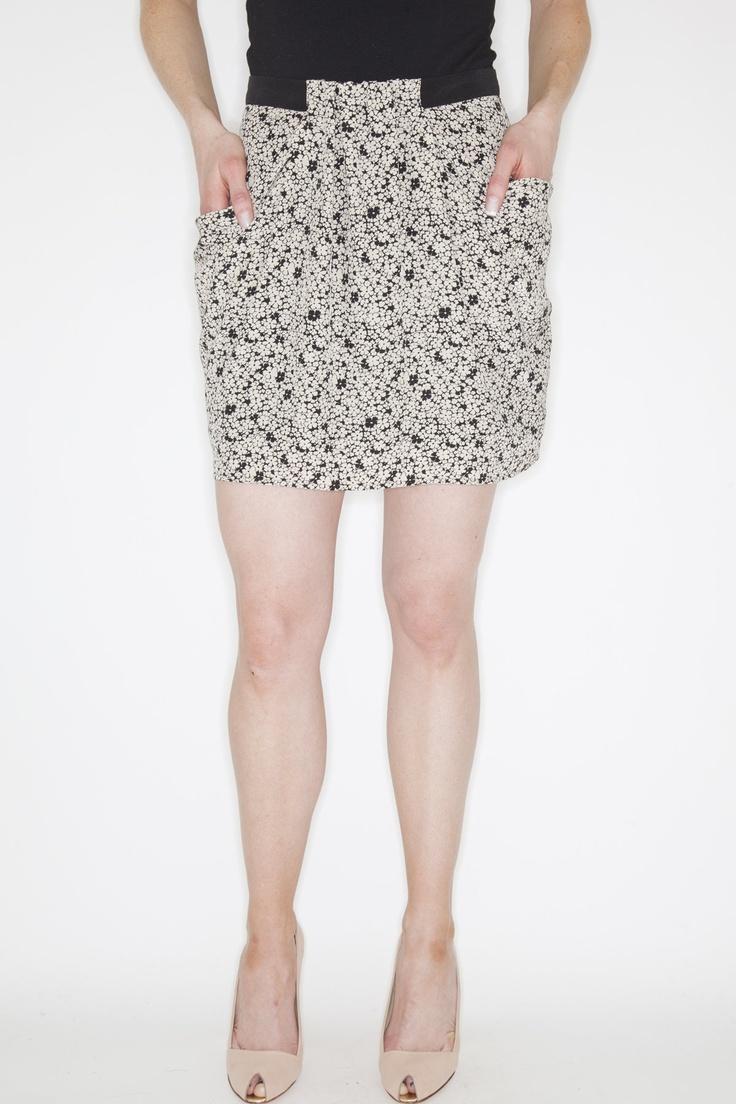 www.socko.ca  Funktional Skirt