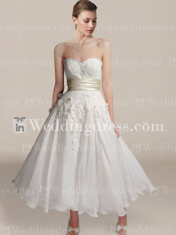 22 best images about simple wedding dresses on pinterest for Kelly clarkson wedding dress replica