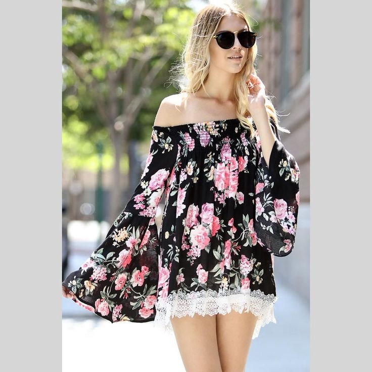 Get with the latest fashion trend with this adorable floral top.
