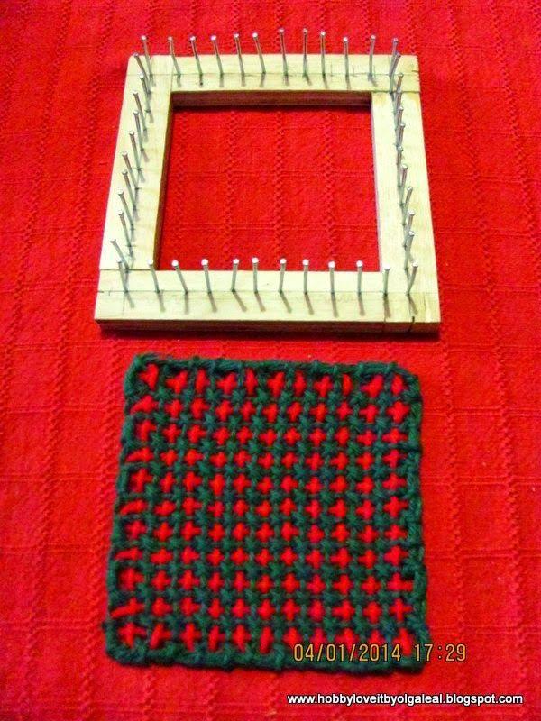 En este artículo compartiré una forma fácil y económica de tejer, que es usando el telar de puntilla. El primero lo tuve cuando era niña...
