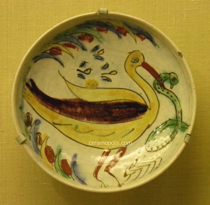 Kutahya Plate Pelecan with Snake 18th Pera Museum