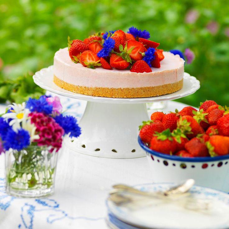 Somrig jordgubbscheesecake
