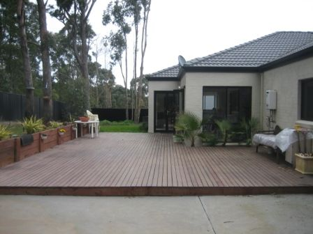 Low modern deck ideas landscaping gardening pinterest for Low deck designs