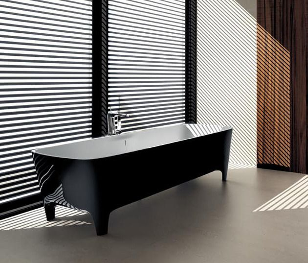 Accademia Pop #freestanding #bathtub in #black: rigorous and clean lines - Limited Edition #Autoritratti #Teuco