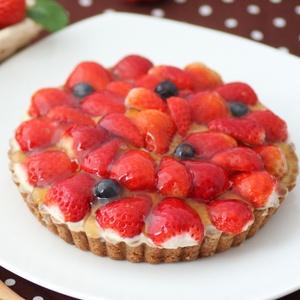 イチゴがどっさり!いちごベリベリータルト♪  苺バースデーケーキ・誕生日ケーキ