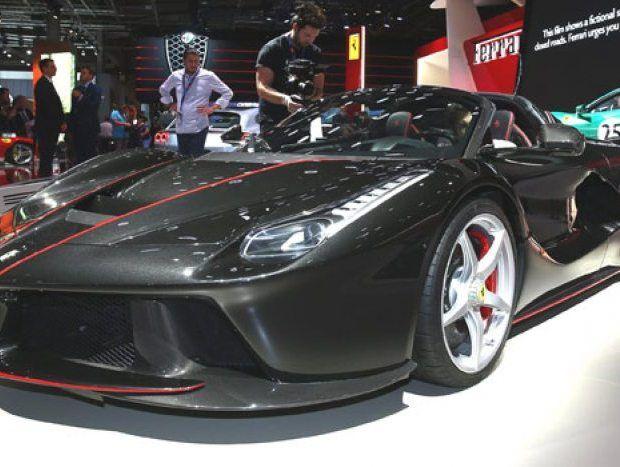 LaFerrari Aperta é conversível de 963 cv - Carro Online