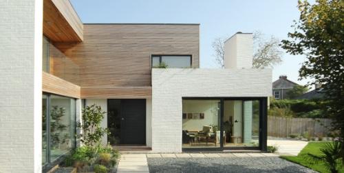 grand deigns: 'scandinavian house'  Love the finish of the brick