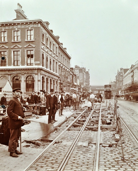 Tram lines maintenance, Brixton, 1907