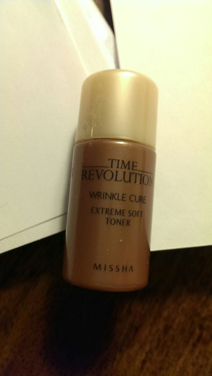 Missha time revolution wrinkle cure extreme soft toner. All right product, nothing special for ny skin, not rebuy.