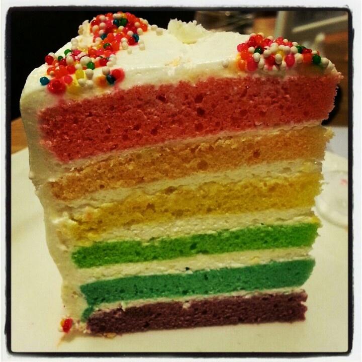 Parish Rainbow cake *delicioso*