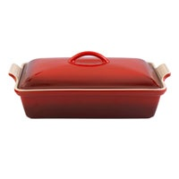 Be a casserole queen with this regal red dish  --> Giveaway: Le Creuset Heritage 4-quart Covered Casserole