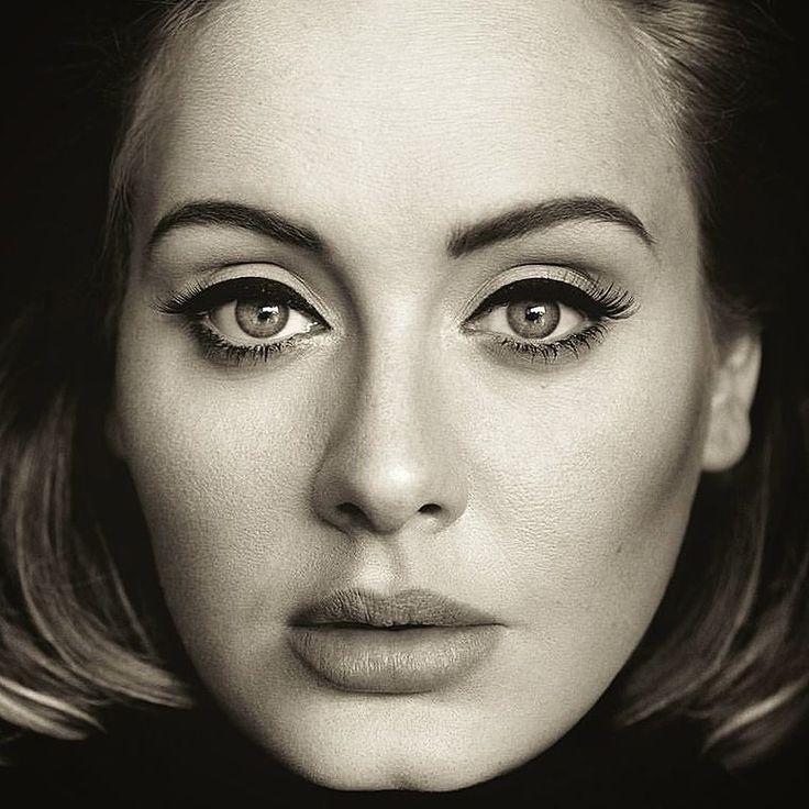 Hoje o dia foi dedicado à ela: Adele. Ouvindo o álbum 25 no repeat e morrendo de amor! Não vejo a hora do lançamento do disco.  . Como disse @maicon2011 parafraseando Leila Lopes (Um beijo!): Depois desse CD nada mais me lembro. . #adele #25 #adele25 #newalbum #hello #sendmylove #imissyou #whenwewereyoung #remedy #waterunderthebridge #riverlea #loveinthedark #millionyearsago #alliask #sweetestdevotion #itunes #ipod #tracklist #billboard #nowspinning #nowplaying #hometownglory…