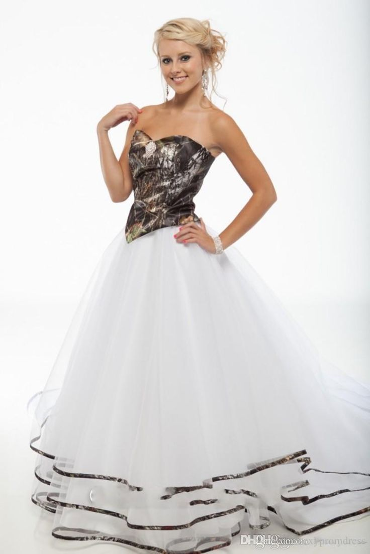 2016 New Ball Gowns Open Back White And Camouflage Gothic Boho Bridal Skirt Camo Wedding Dresses With Long Train Robe De Mariage