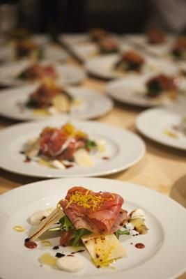 Providing decadent and delicious appetizers, entrees and desserts for clients and their guests can lead to a satisfying and fulfilling entrepreneurial venture. Feeding guests that range from children ...