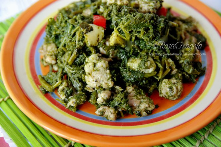 Cavolicelli con salsiccia,cavolicelli e salsiccia,caluceddi cà sasizza,verdure selvatiche,verdure spontanee,piatti tipici siciliani,ricette regionali,