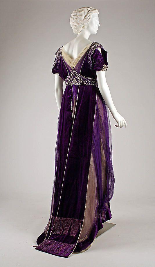 Evening dress, c. 1910, House of Worth,