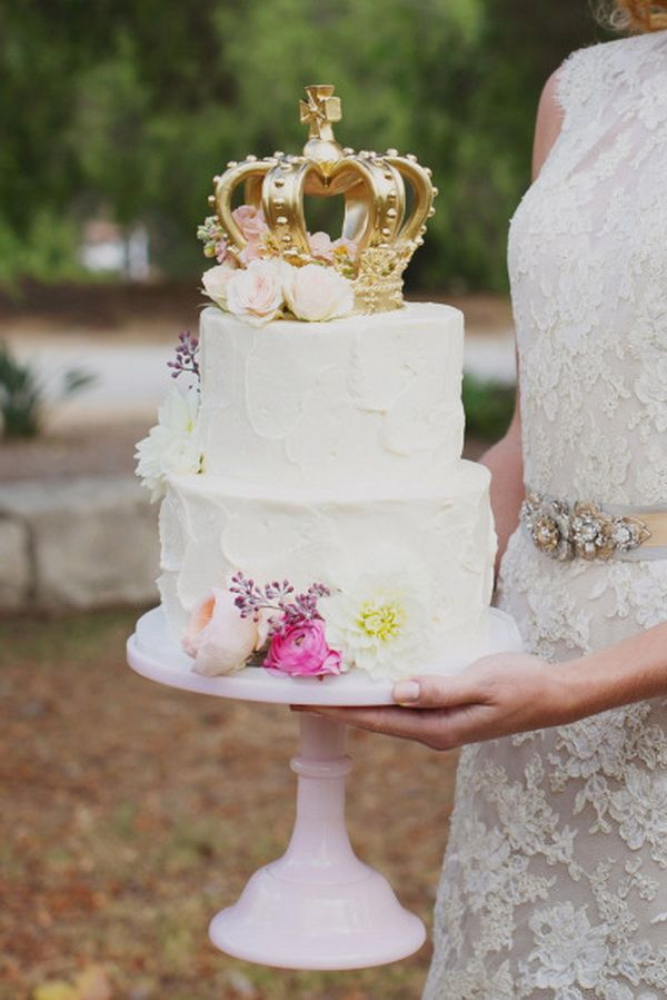 Fairytale Wedding Cake with Crown