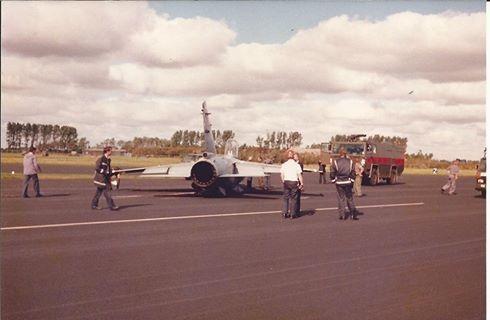 Avión accidentado en un destacamento a Leewarden, Holanda 1986. Fue recuperado y regresó volando a España