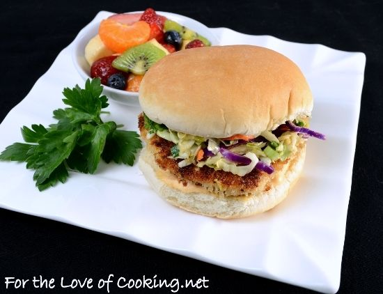 Asian chicken sandwich / This blog has tons of great recipes that are organized by types of food on the side of the screen!