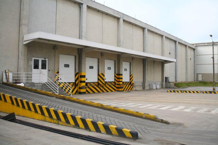 Bodega Nestlé Purina Petcare - Estudio, diseño y construcción del centro logístico para producto terminado. Año de construcción: 2003 Ciudad: Mosquera, Cundinamarca, Colombia. Cliente: Nestlé Purina PetCare de Colombia S.A.  Sabana